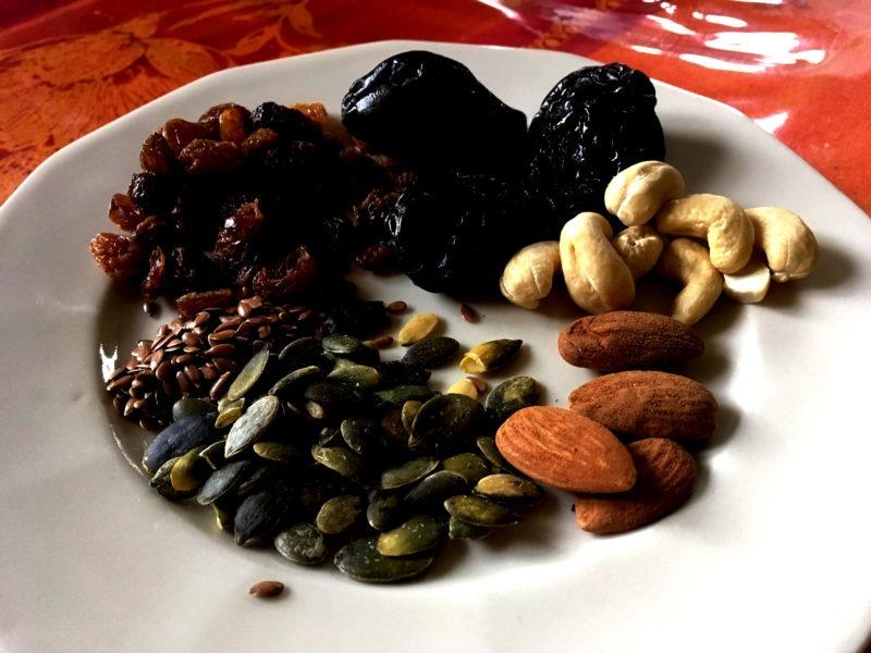 Assiette fruits secs Corrèze
