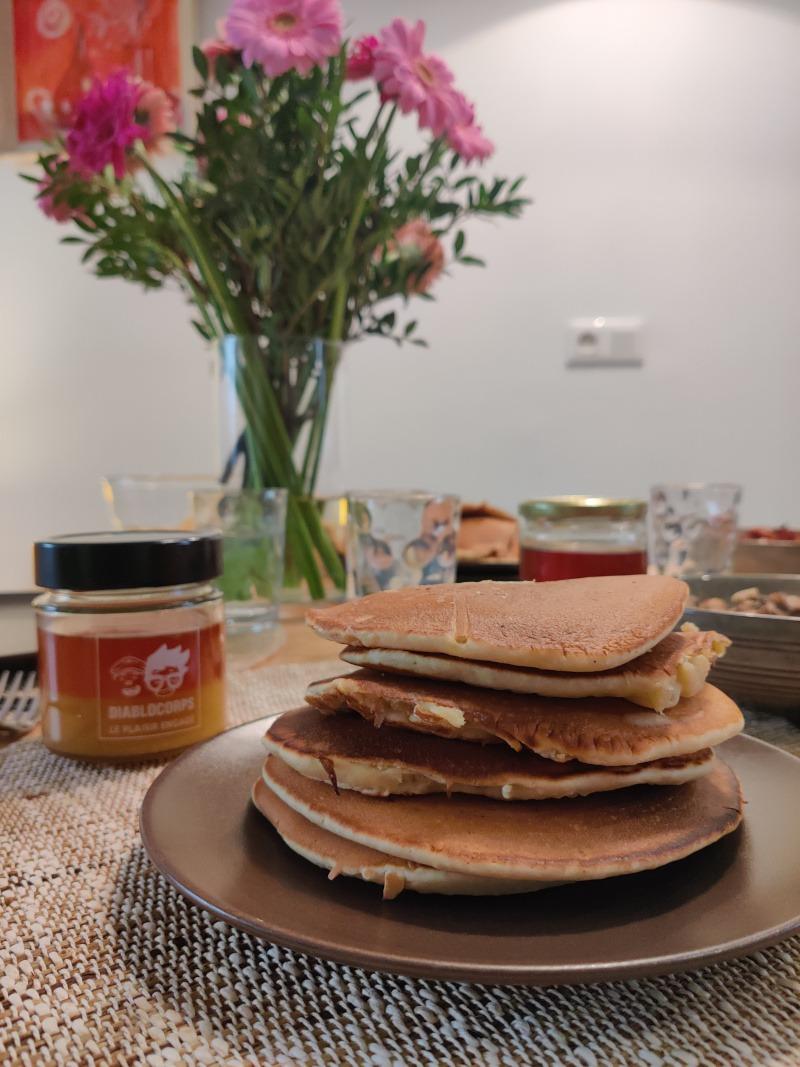 Pancakes vue proche miel diablocorps innutswetrust
